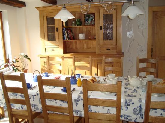 salle commune petit déjeuner